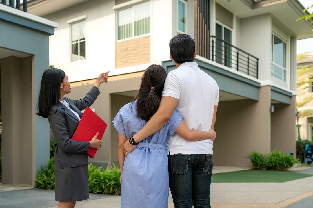 Les avis clients pèsent lourd dans le choix d'une agence immobilière pour les consommateurs